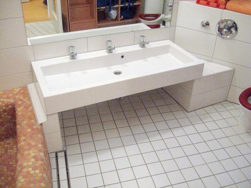 tia waschbecken f r 3 armaturen wasserlandschaft. Black Bedroom Furniture Sets. Home Design Ideas
