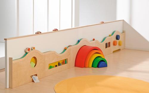 wandspielbahn zylinder raum der ein bis zweij hrigen. Black Bedroom Furniture Sets. Home Design Ideas