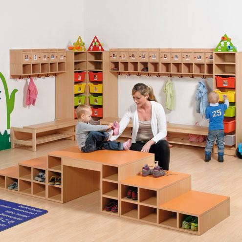 garderobe m bel und ausstattung. Black Bedroom Furniture Sets. Home Design Ideas